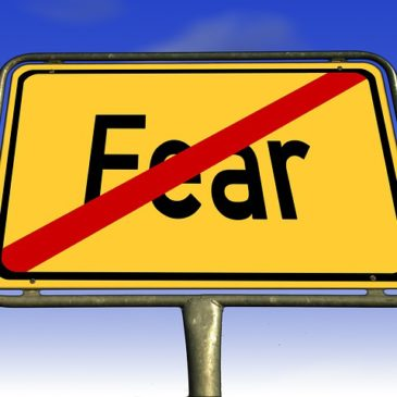4 Simple Steps to Overcome Fear & Live a Fuller Life